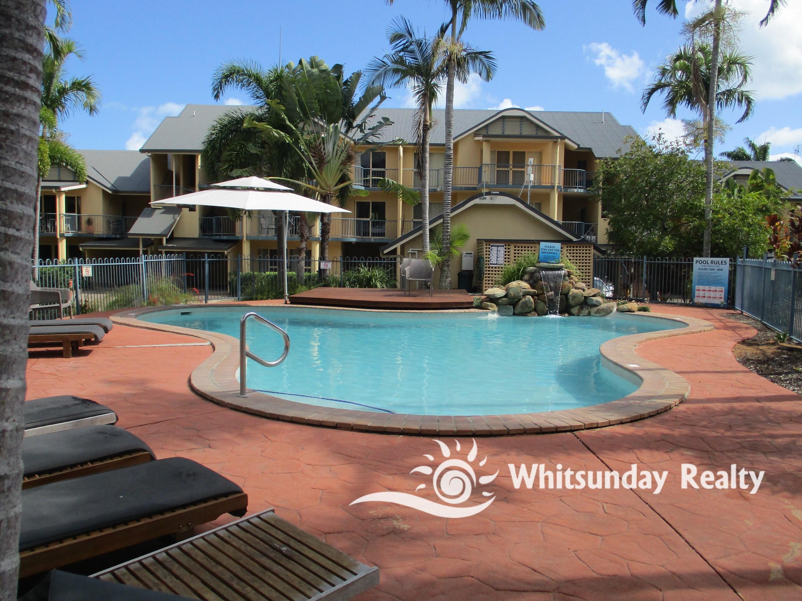 11/24 Beach Road, CANNONVALE  QLD  4802