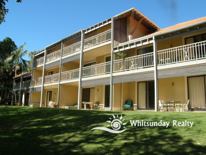 1126 Hillside Terraces, LAGUNA QUAYS  QLD  4800